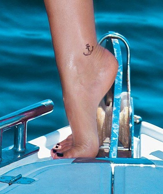 Bruna-Marquezine-Feet-1328526