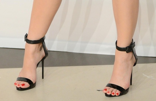 Katy-Perry-Feet-1897099