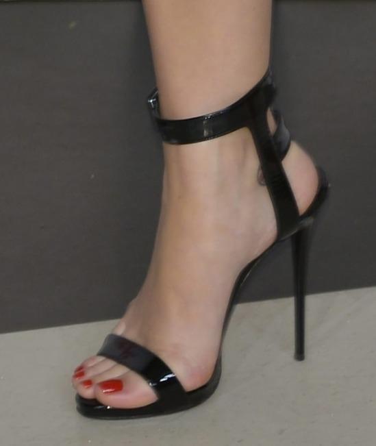 Katy-Perry-Feet-1900412