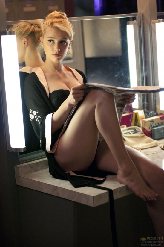 Amber-Heard-Feet-1014955