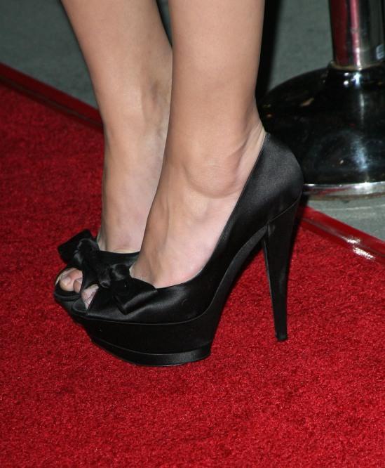 Amber-Heard-Feet-775201