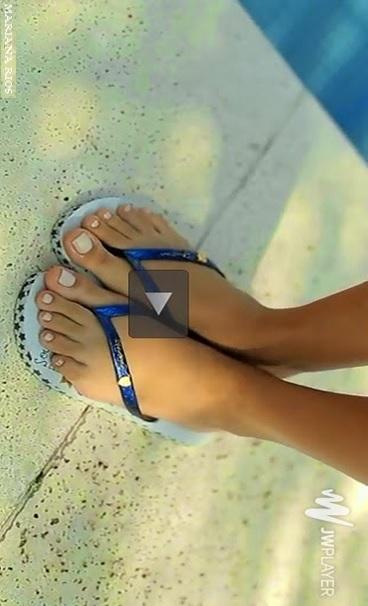 mariana-rios-feet-1343386