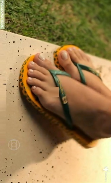 mariana-rios-feet-1343388