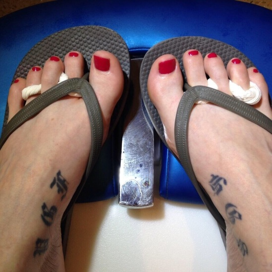 jamie-clayton-feet-1808583