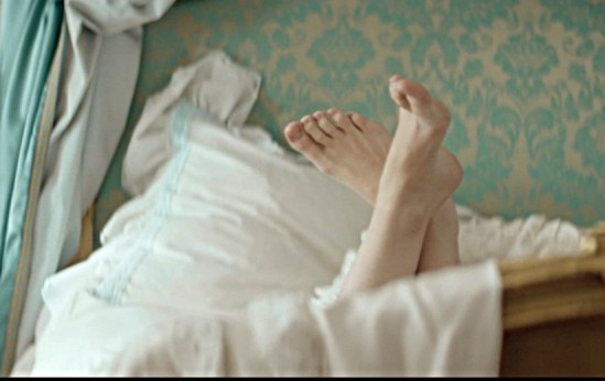 tuppence-middleton-feet-2396782
