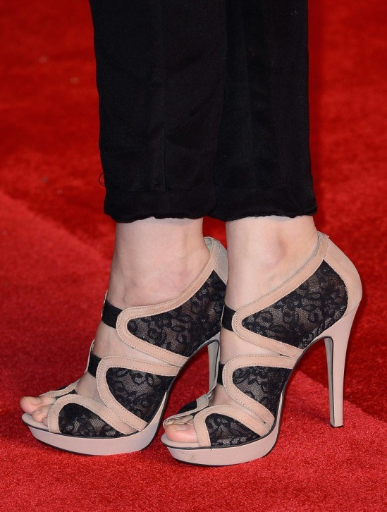 tuppence-middleton-feet-947899