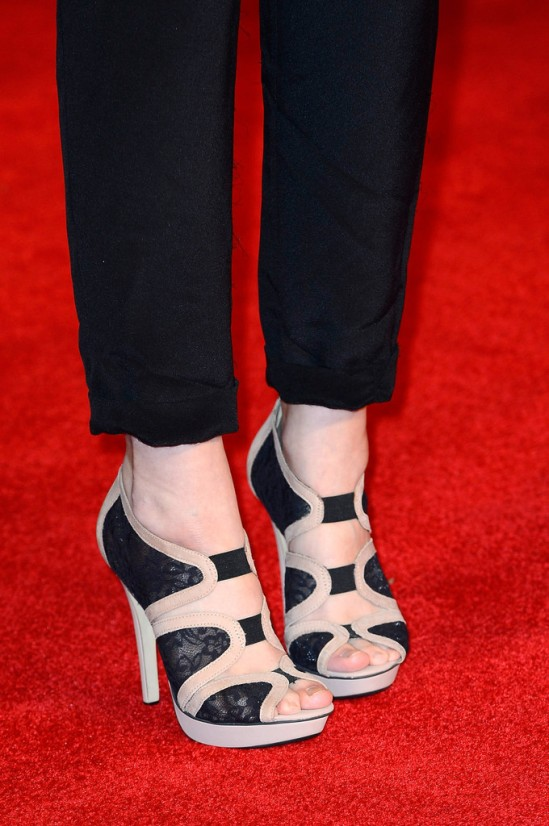 tuppence-middleton-feet-947900