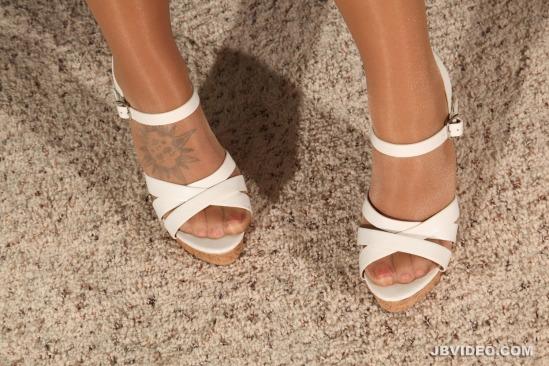 jojo-kiss-feet-2112627