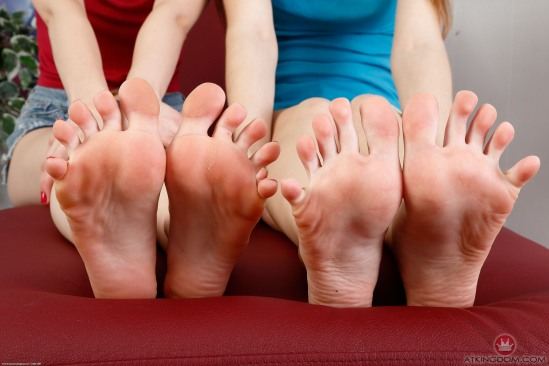 kristen-scott-feet-2260320