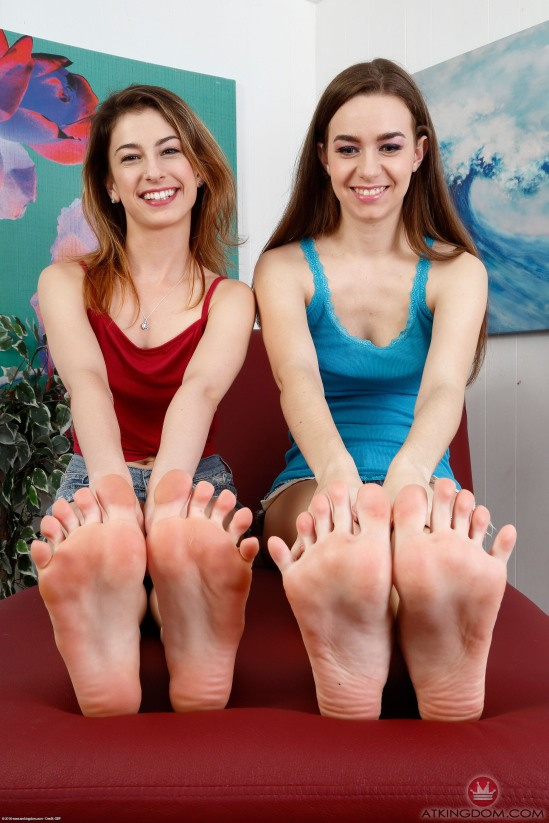 kristen-scott-feet-2260321