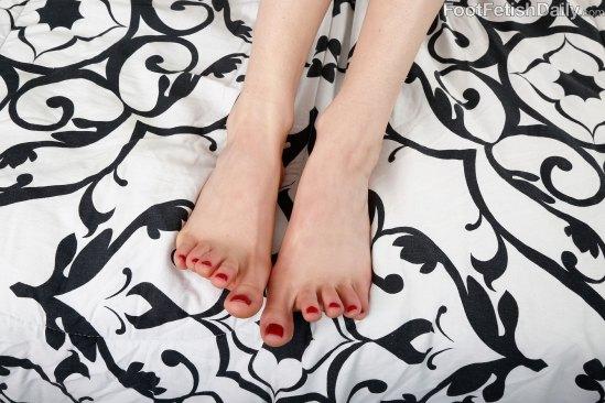 kristen-scott-feet-2271430