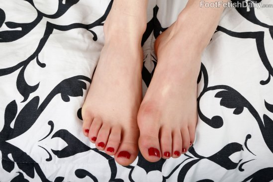 kristen-scott-feet-2271431