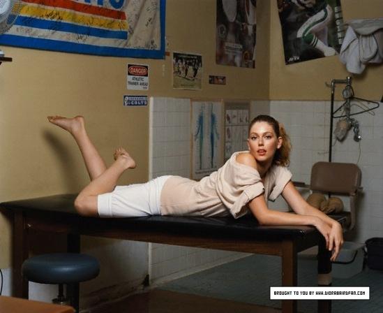 Diora-Baird-Feet-1054483