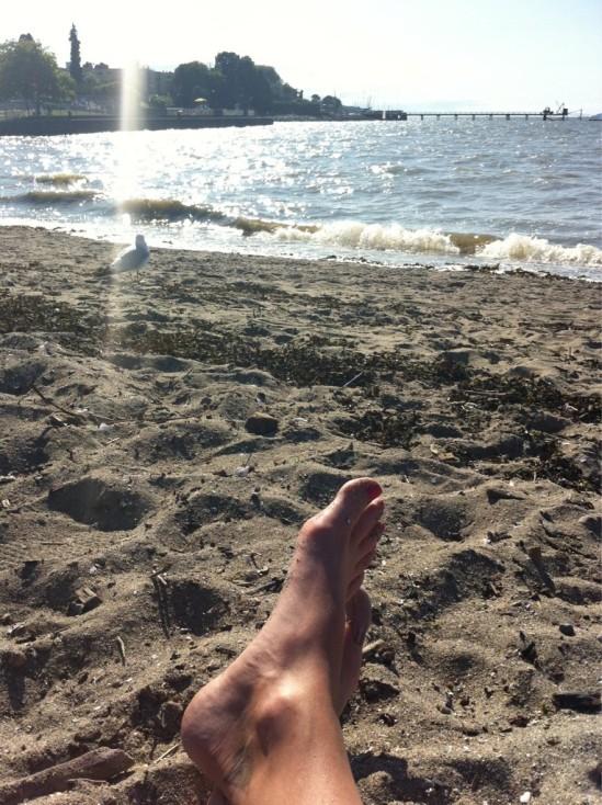 Diora-Baird-Feet-504720