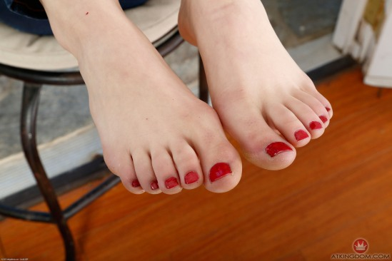 Kristen-Scott-Feet-2149614