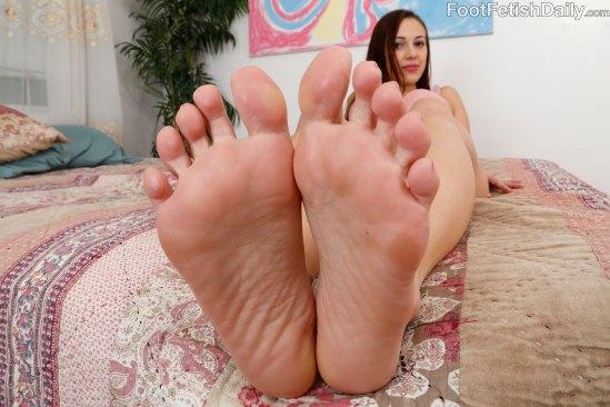 Jenna-Sativa-Feet-1802046