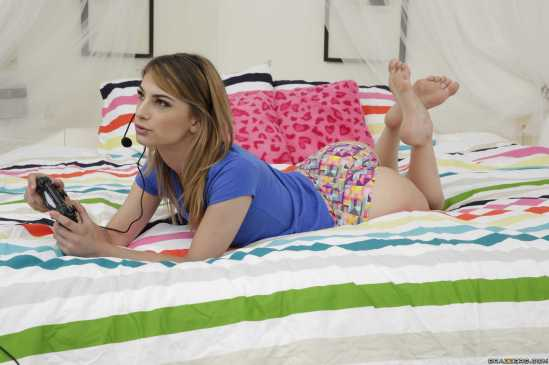 Kristen-Scott-Feet-2446383