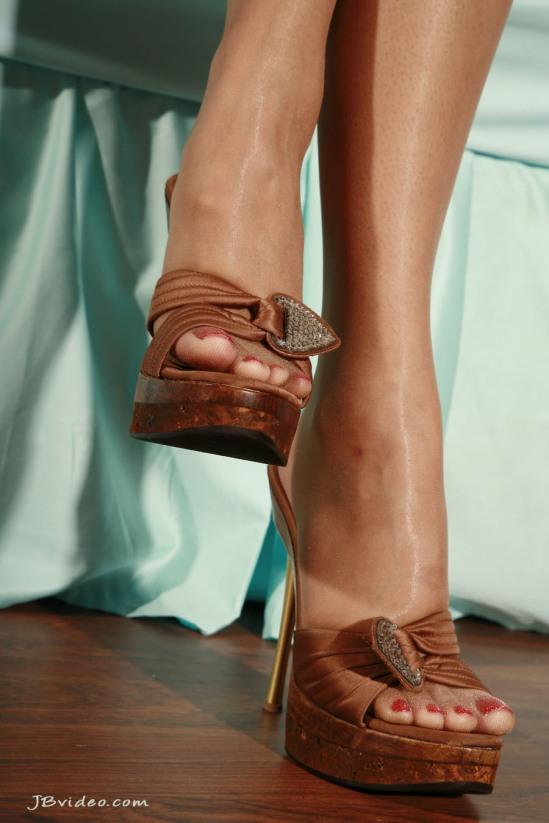 Sunny-Leone-Feet-2271366