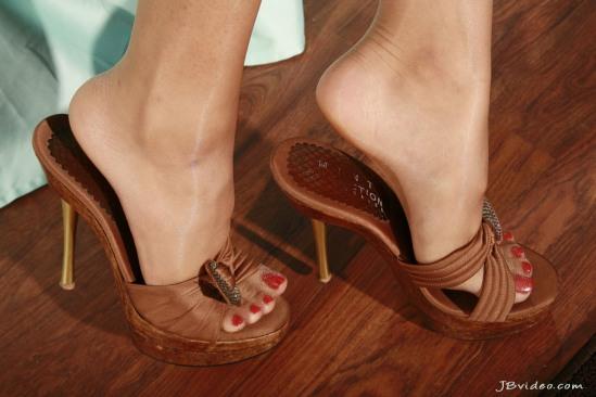 Sunny-Leone-Feet-2271367