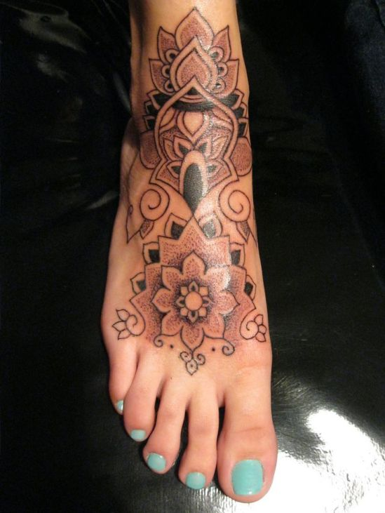f90a8aca2836a5e27b6bee64c3b2a904--girl-feet-tattoos-shoe-tattoos